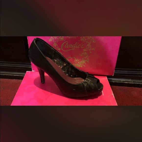 Candie's Shoes - Black candies heels